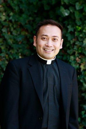 Photo of Father Leo Patalinghug