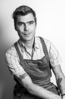 Hugh Acheson - A New Turn in the South