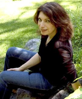Linda Holeman - Toxic Love