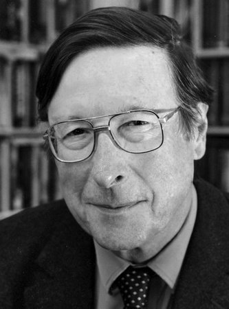 Photo of Max Hastings