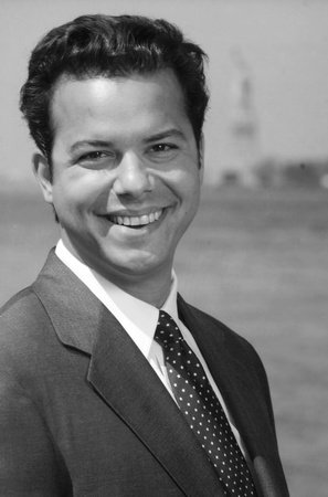 Photo of John Avlon