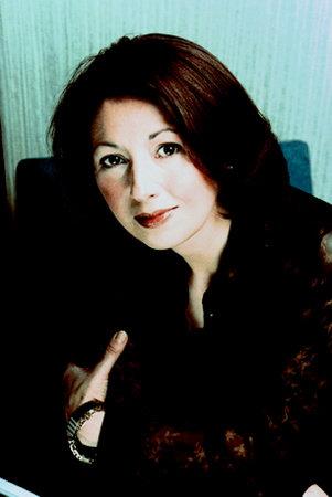 Photo of Marie Arana