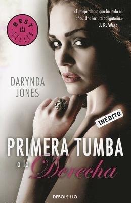 Primera Tumba a la Derecha by