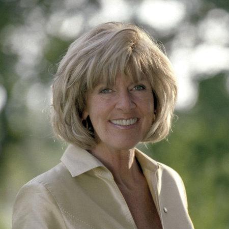 Sally Armstrong | Penguin Random House Canada